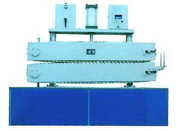 工业履带式管材牵引机